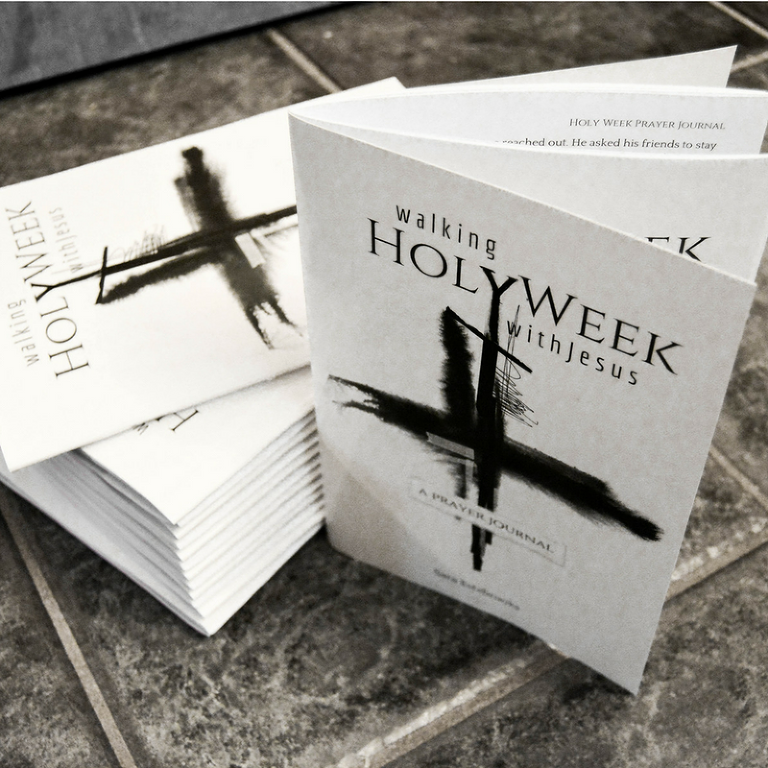 REVIEW: Walking Holy Week with Jesus - A Prayer Journal